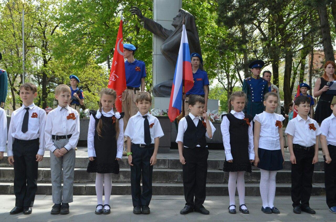 Героическая поверка, посвященная 72-ой годовщине Победы в Великой Отечественной войне.